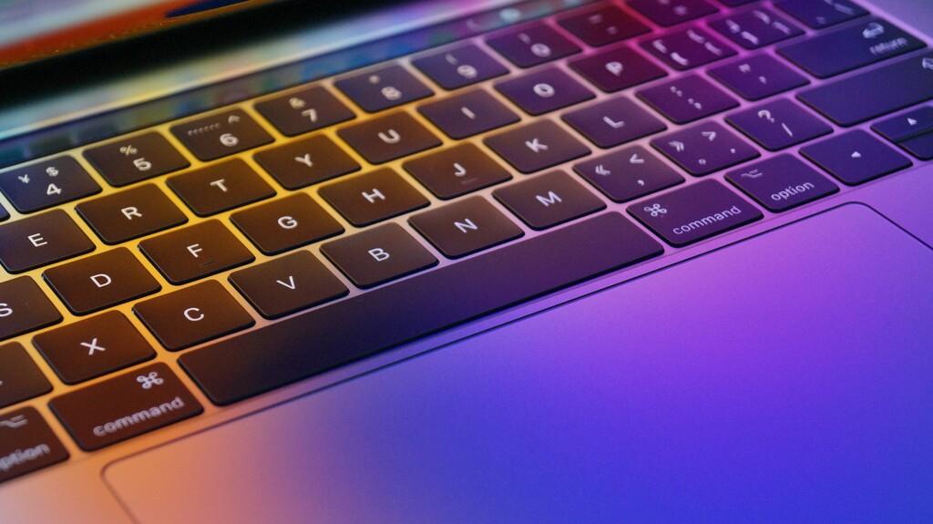 Lector de tarjetas de alta velocidad y hasta 32GB de RAM: estos son los últimos detalles filtrados de los MacBook Pro de 14 y 16 pulgadas