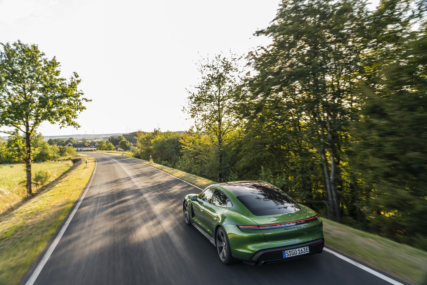 Foto de Porsche Taycan prueba contacto (235/275)