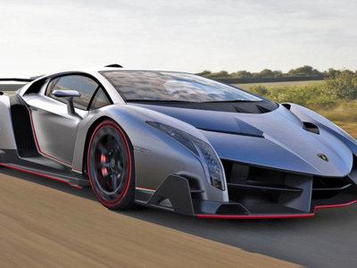 Lamborghini Centenario en ruta a Ginebra