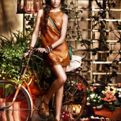 Foto 11 de 13 de la galería cuple-catalogo-primavera-verano-2012 en Trendencias