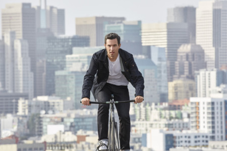 Trucker Jacket de Levi's Commuter, la chaqueta que puede hacerle la vida más fácil al ciclista urbano