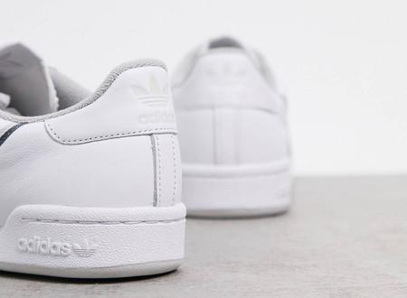 Estas zapatillas Adidas son la inversión definitiva: combinan con todo, no pasan de moda y tienen más de un 60% de descuento