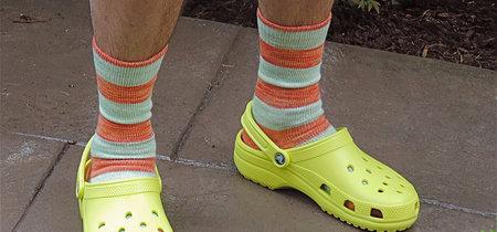 """Si odias los crocs, estás de suerte: el """"peor invento"""" de la moda está herido de muerte"""