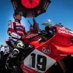"""Álvaro Bautista tiene una oferta de renovación con Ducati desde Misano: """"No sabemos por qué no firma"""""""