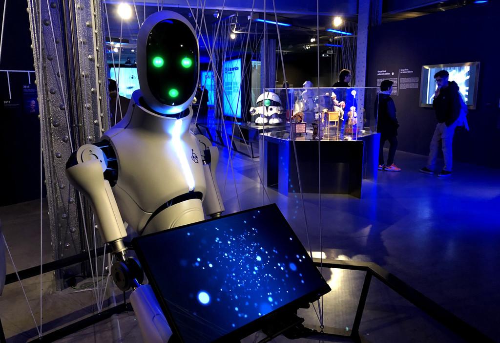 'Nosotros, robots', la exposición de robótica del año sobre el origen, evolución y posibles peligros de los autómatas