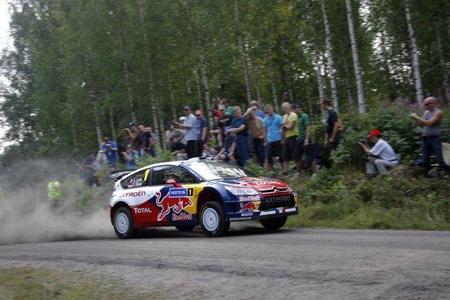 Rally de Finlandia 2010: Los Citroën oficiales aumentan el ritmo y dan caza a Petter Solberg