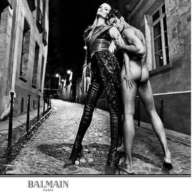El vídeo más escatológico de Balmain con Jon Kortajarena ¿modernidad u ordinariez máxima?