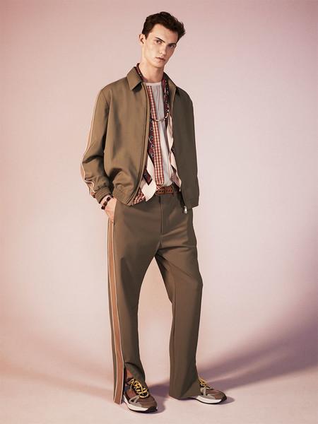 Así consigue Zara que estas prendas imposibles resulten elegantes y con estilo