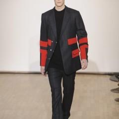 Foto 7 de 17 de la galería raf-simons-otono-invierno-20102011-en-la-semana-de-la-moda-de-paris en Trendencias Hombre