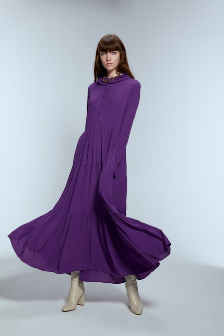 vestido morado zara