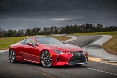 Lexus LC: V8 e híbrido V6, para mayo de 2017