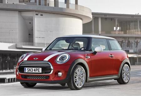 Mini Cooper 2015 1600x1200 Wallpaper 01