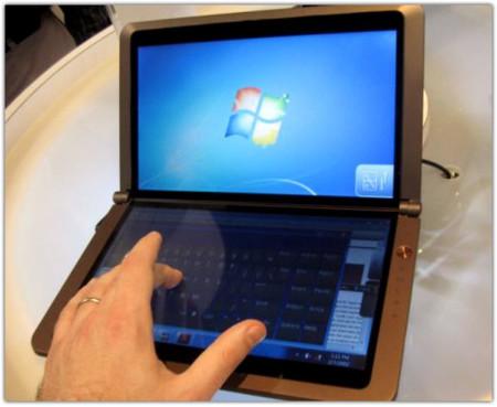 MSI nos enseña su netbook con doble pantalla táctil