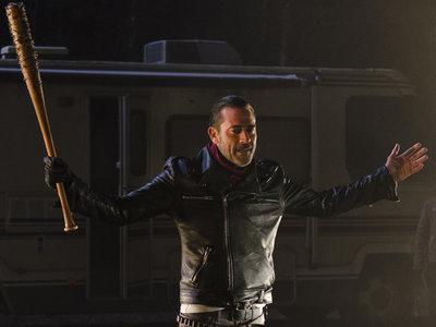 Un, dos, tres, responda otra vez: ¿a quién crees que ha matado Negan en 'The Walking Dead'?