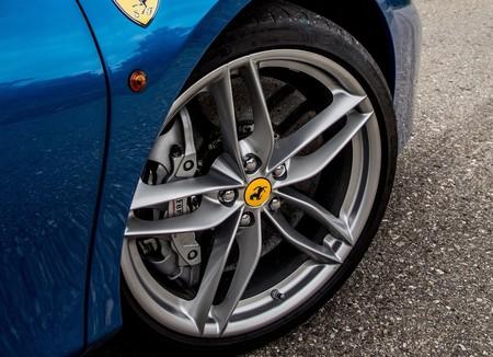 Ferrari 488 Spider 2016 1600 26