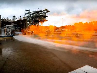 Así es como la NASA presume su potente motor de cohete impreso en 3D