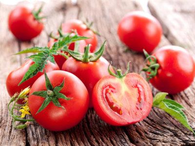 Consumir tomate de forma habitual puede reducir el riesgo de ictus hasta un 59%