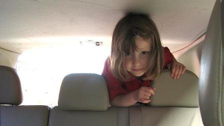 Consejos, trucos y juegos para viajar con niños estas fiestas