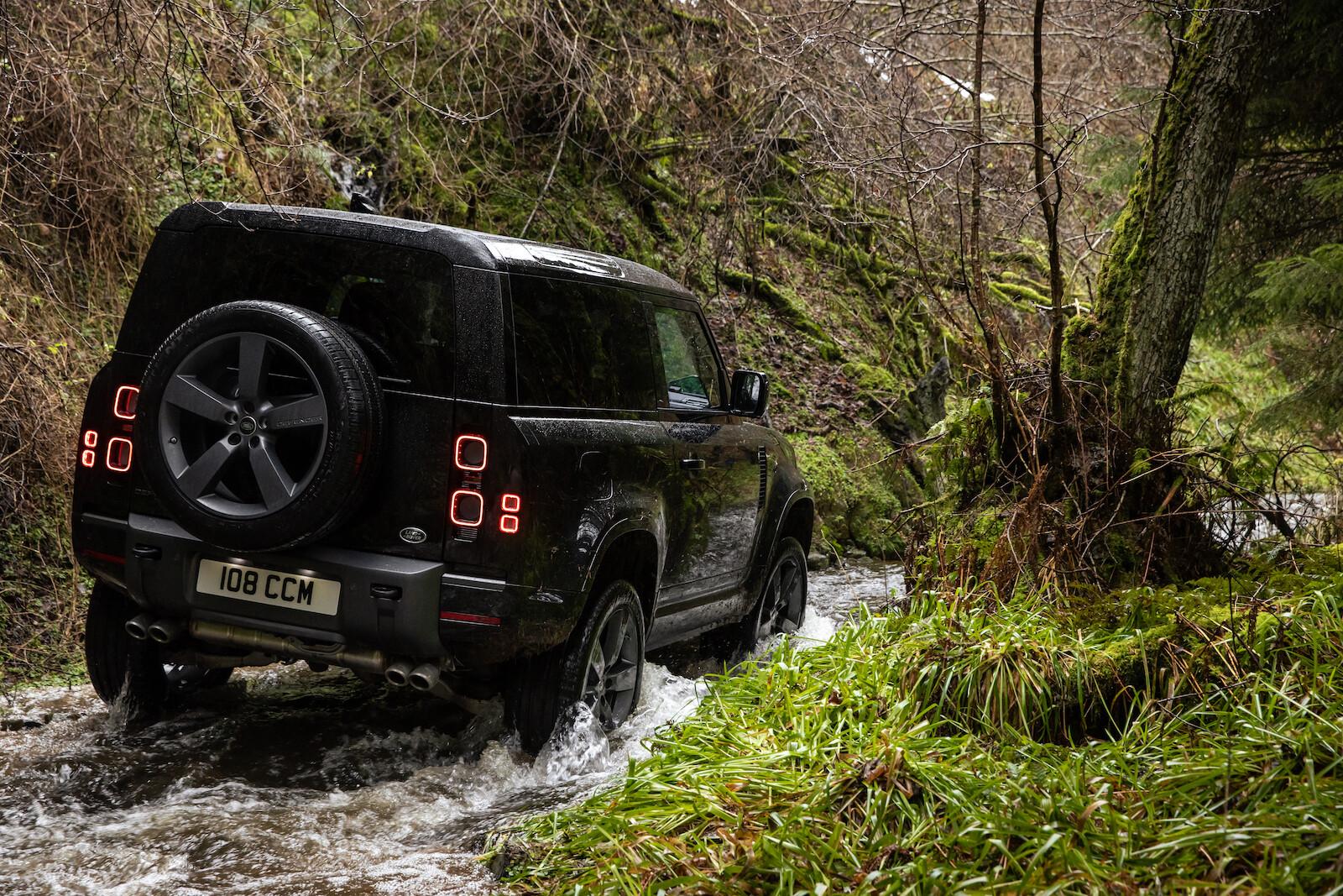 Foto de Land Rover Defender V8 (10/30)