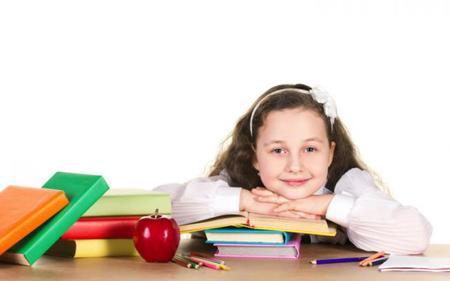 'Ayúdales a volver al cole', campaña de recogida de material escolar