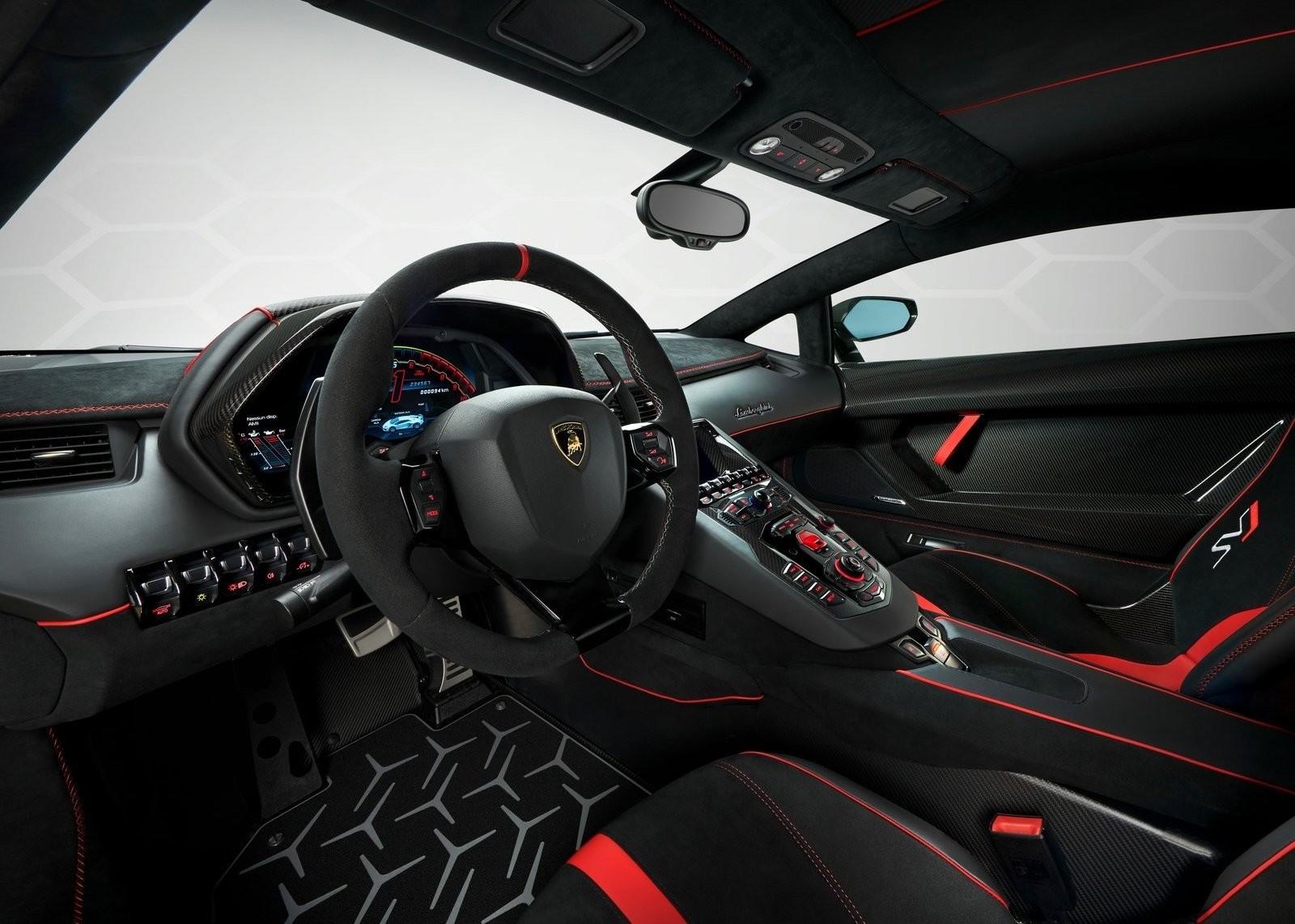 Foto de Lamborghini Aventador SVJ (22/23)