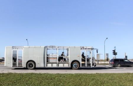 Dancer Bus 3