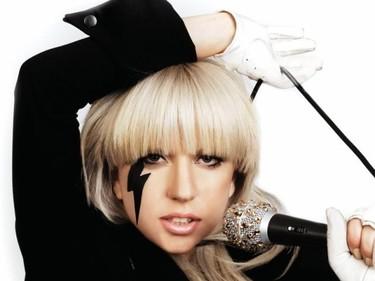 ¡Lady Gaga habla de su ex-adicción a las drogas!