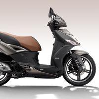 La nueva Kymco Agility City 125 se maquilla lo justo para seguir siendo la moto más vendida de España