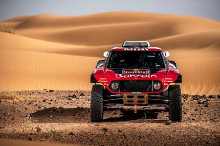 El Dakar pondrá cámaras en los coches y prohibirá los teléfonos móviles para frenar a los tramposos