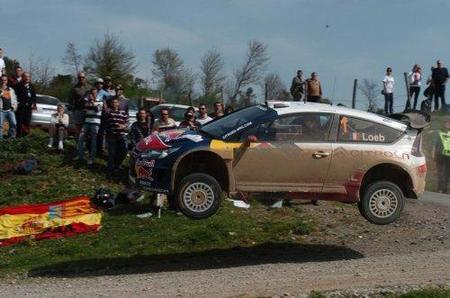 Sébastien Loeb hereda el liderato de su compatriota