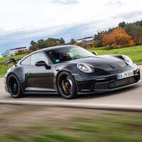Hola, puristas: el Porsche 911 GT3 está al caer, y tendrá un motor 4.0 atmosférico, más de 500 CV y cambio manual