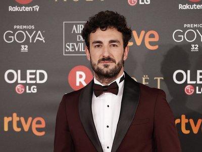 Miki Esparbé da cátedra de elegancia con su look para los premios Goya 2018