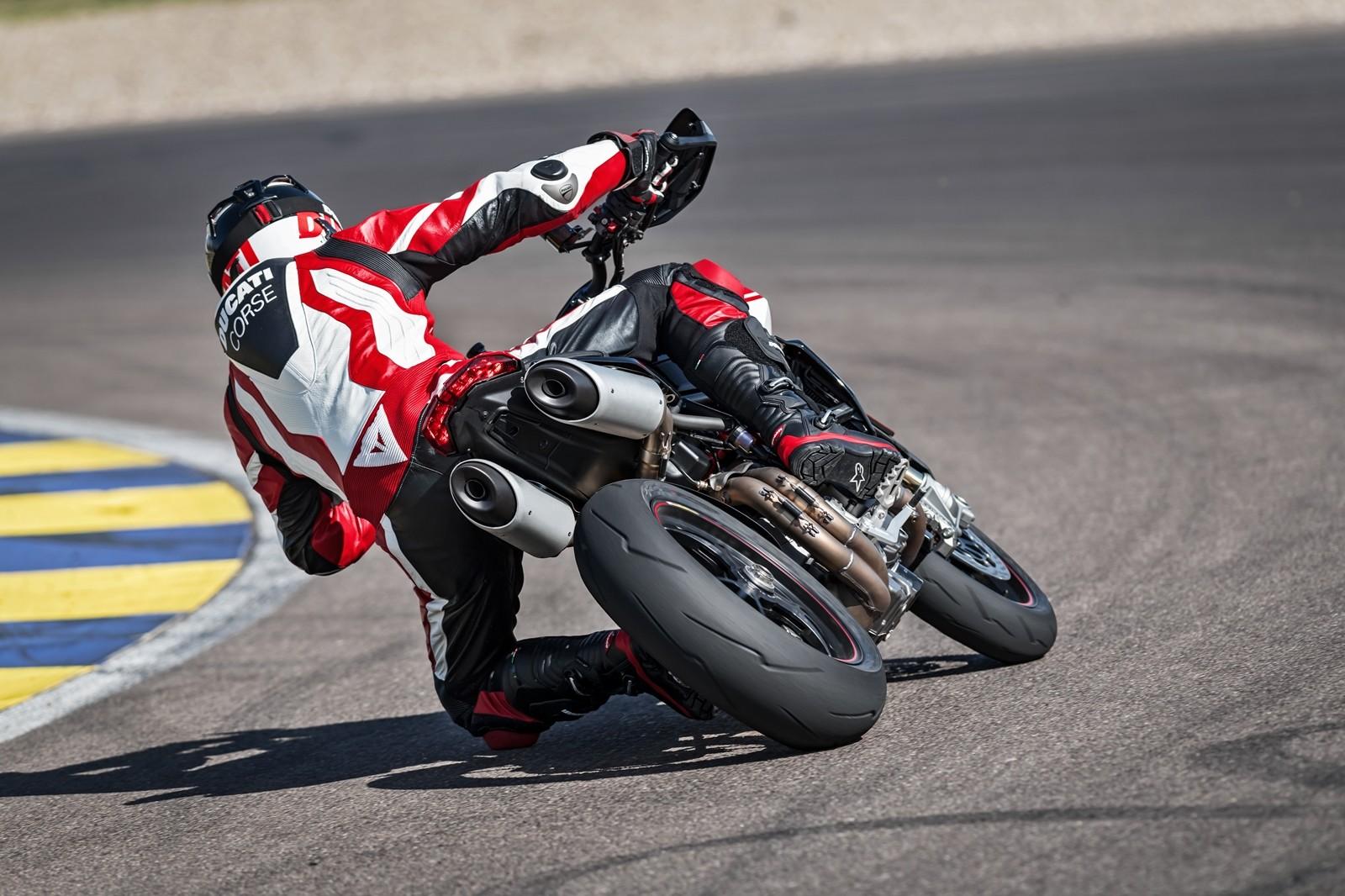 Foto de Ducati Hypermotard 950 2019 (16/76)