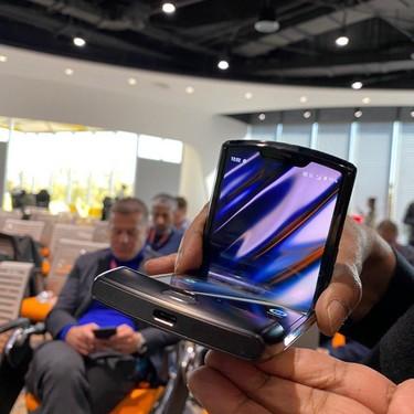 Motorola Razr, primeras impresiones: el nuevo móvil plegable de Motorola es todo un golpe de nostalgia