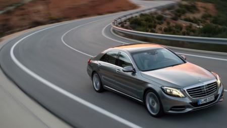 Mercedes-Benz y Ford se unen a las marcas investigadas en Francia por exceso de emisiones contaminantes