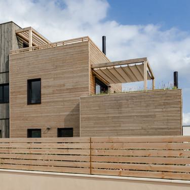 Puertas abiertas: una casa pasiva, que se adapta a las condiciones climáticas, en Barcelona