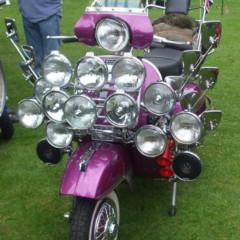 Foto 9 de 14 de la galería scooter-clasicos-faros-y-retrovisores-a-go-go en Motorpasion Moto