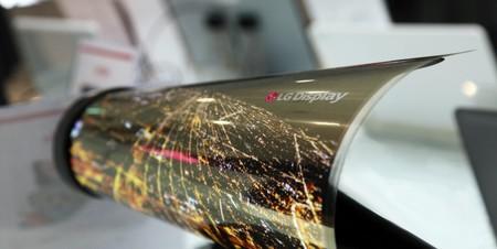 Las pantallas OLED enrollables de LG podrían llegar en 2020 pero, ¿cuál sería su utilidad en casa?
