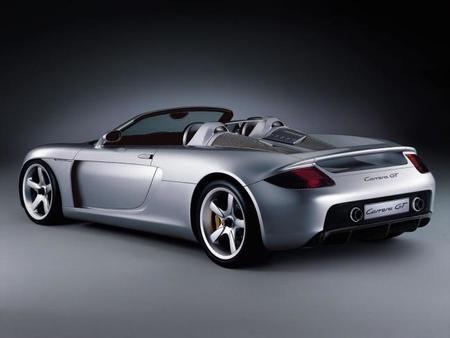"""Dar un """"toque"""" por detrás a un Porsche Carrera GT es MUY caro"""