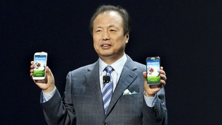 """El CEO de Samsung dice que los terminales con Windows """"no están vendiendo bien"""""""