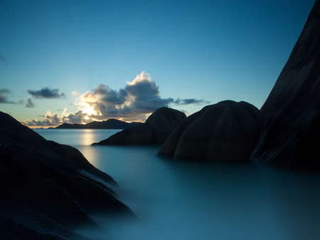 Rocks Sunset Seychelles 90548 990x742