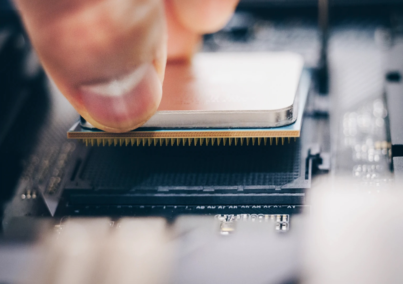 Además de estos equipos ya montados, siempre puedes crearte uno a tu medida mediante el configurador de PCs de PcComponentes.