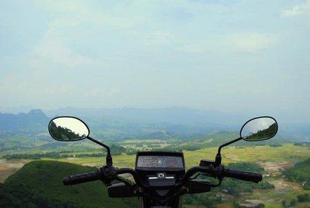 Diez razones para recordarnos por qué conducimos motos