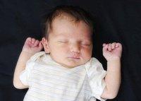 La mayoría de los niños menores de 3 años se despierta una o más veces durante la noche