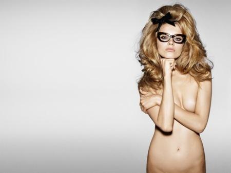 Tom Ford lo vuelve a hacer: desnuda a sus modelos