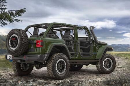 Jeep Wrangler 4xe, el híbrido todoterreno recibe un kit para mejorar aún más sus capacidades fuera del camino