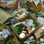 El Gobierno impulsa una ley contra el desperdicio alimentario que obligará a las empresas a donar la comida antes de que vaya a la basura