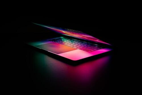 Los nuevos MacBook Pro de 14 y 16 pulgadas con pantalla mini-LED llegarán en septiembre, según Digitimes