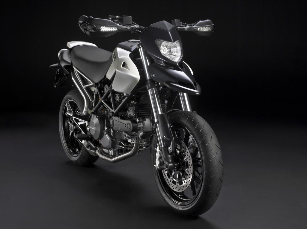 Foto de Ducati Hypermotard 796, primeras fotos y datos oficiales (1/4)