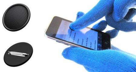 Pins para utilizar tus dispositivos táctiles sin quitarte los guantes